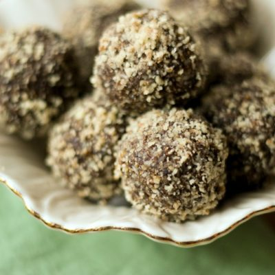 Fig balls or bars. Easy vegan dried fig recipe great for pre or post workout!