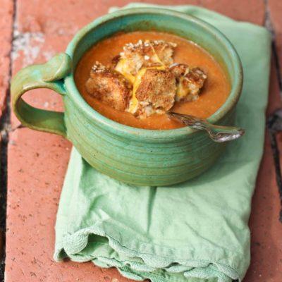 Instant Pot Tomato Lentil Soup