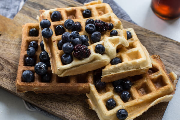 the best belgian waffle recipe with blueberries