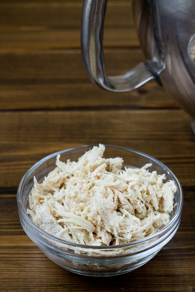 bowl of shredded chicken breast