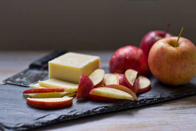 Apples and Cheese-7360