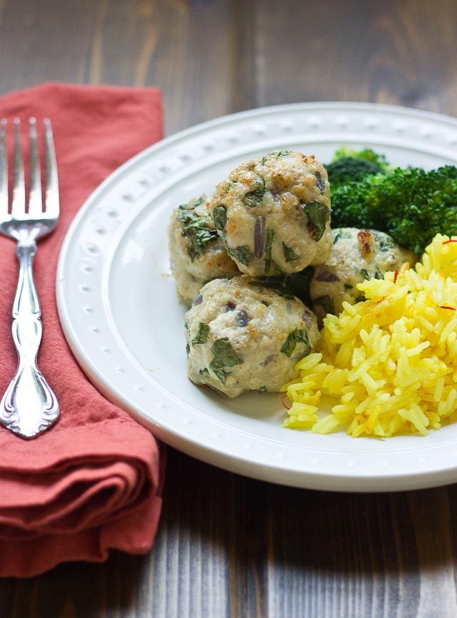 These Spinach & Turkey Meatballs are a meal prepping dream. Prep 'em, freeze 'em, bake 'em. Great source of lean protein and a healthy dose of spinach!