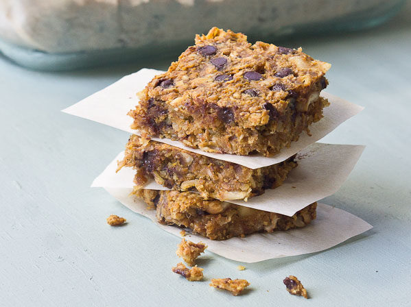 These Peanut Butter Pumpkin Chewy Granola Bars are my go to snack. Simple whole foods, no added sugar, and homemade.