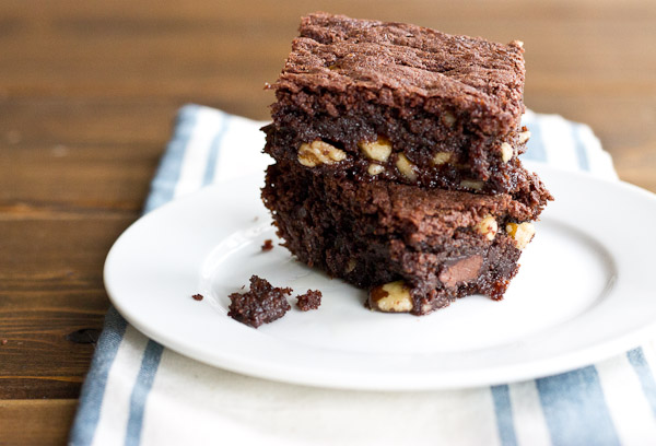 Old Fashioned Fudge Brownie | Why Eating a Brownie Can be Good For You via @KristinaLaRueRD