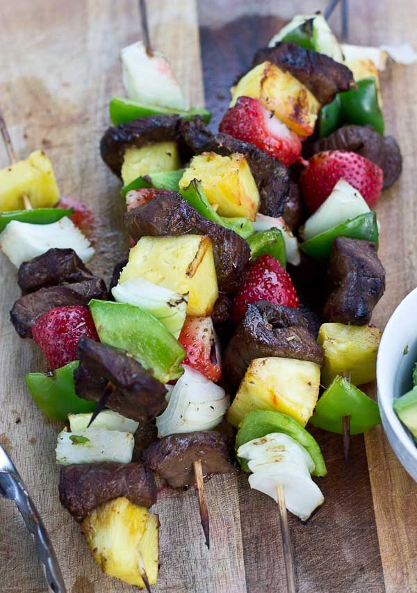 These Balsamic Steak Kabobs are infused with sweet balsamic flavor, garlic, and loaded with summer produce. Nothing better than a summer grilling night.| @KristinaLaRueRD