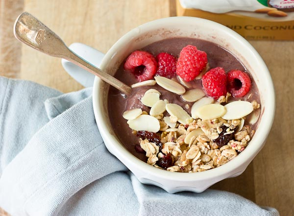 Acai, an ancient super-berry from the Amazon rainforest, makes this smoothie bowl extra velvety, decadent and low carb.