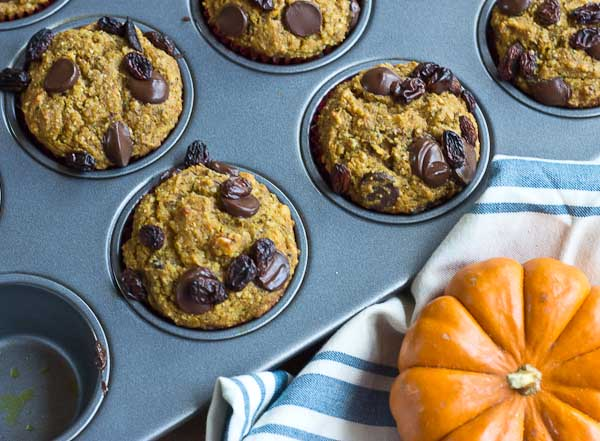 This recipe for Pumpkin Chocolate Chip Lactation Muffins is delicious! Perfect for nursing moms + list of foods that support breastfeeding