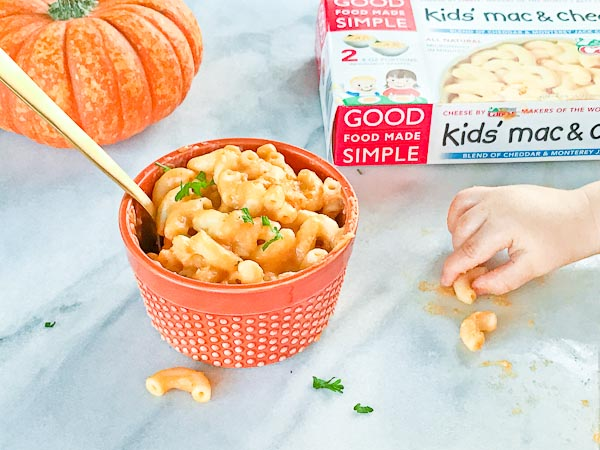 Pumpkin Mac n Cheese made with Good Food Made Simple Kids Mac n Cheese. So simple so good!!!! Lots of quick weeknight dinner ideas to make life more simple.