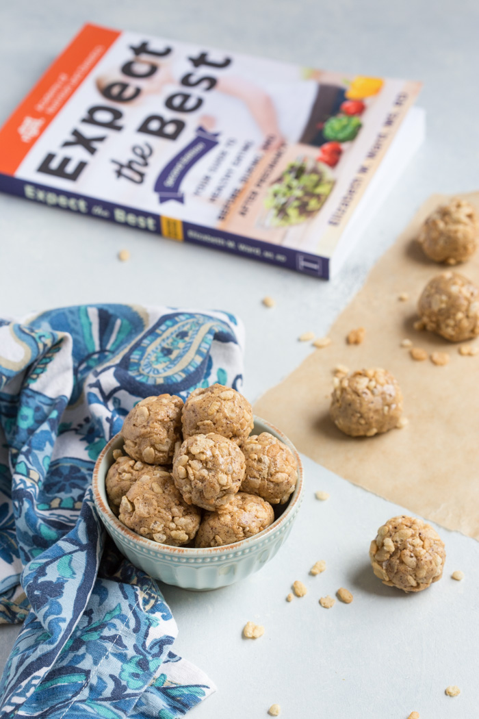No Bake Nut Butter Crunchies.... aka healthy rice crispy treats that are just as addicting.