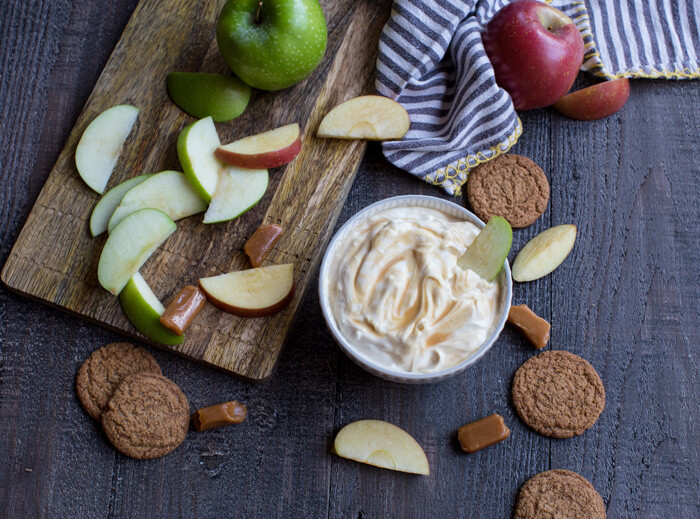 Caramel Apple Cheesecake Dip made with 3 ingredients for your sweet caramel apple loving self. This dip is a fall snacking necessity.