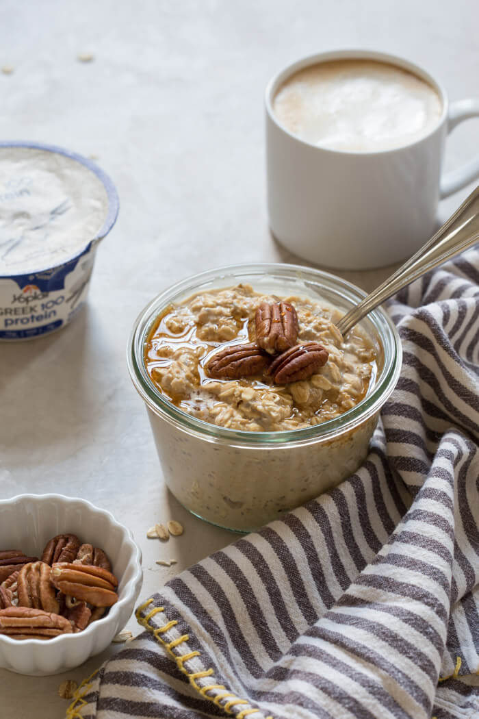 These Maple Pecan Latte Overnight Oats are perfectly maple-y sweet, latte infused and have all the holiday vibes. I'm in L-O-V-E.