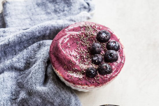 refreshing blueberry smoothie recipe with chia seeds
