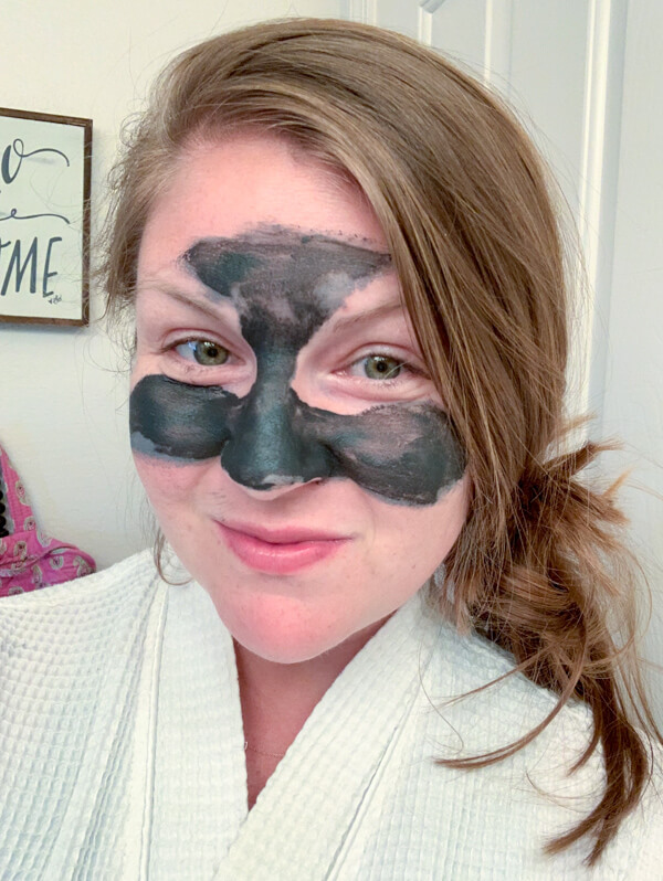 If you need a solid and easy nighttime skincare routine, check out some of my favorite natural skincare products and what order to use them in.